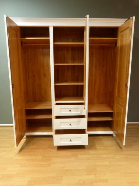 kleiderschrank massivholz 3 t ren kleiderschrank. Black Bedroom Furniture Sets. Home Design Ideas