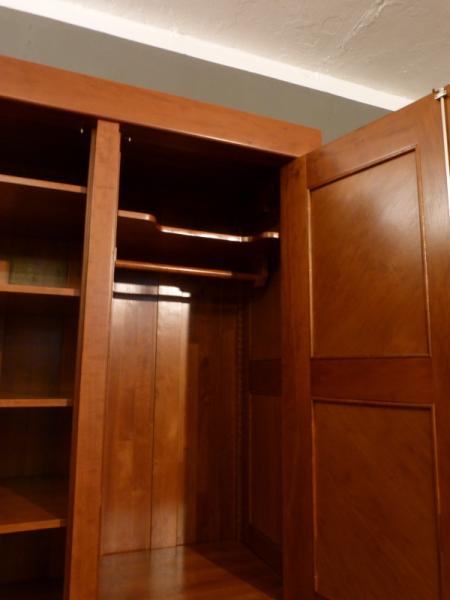 kleiderschrank massivholz 3 t ren kleiderschr nke massiv kleiderschrank05 im bauhausstil. Black Bedroom Furniture Sets. Home Design Ideas