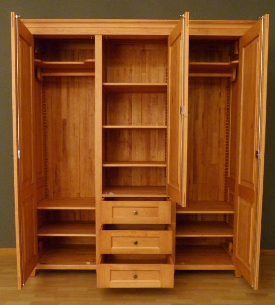 kleiderschrank massivholz 3 t ren kleiderschrank massivholz erle 3 t ren massivholz regale. Black Bedroom Furniture Sets. Home Design Ideas
