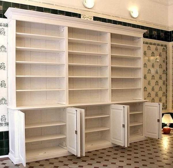 regalschrank aus holz interessante ideen. Black Bedroom Furniture Sets. Home Design Ideas
