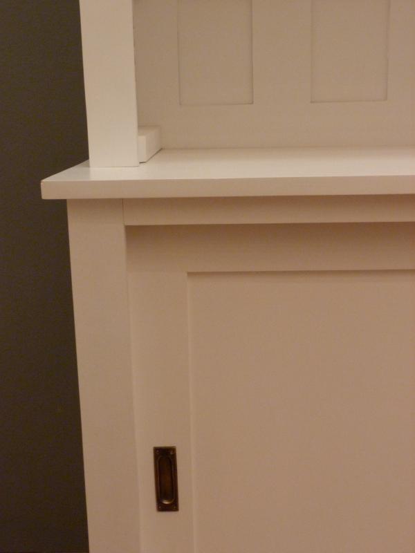 regalwand mit schiebet ren die neuesten innenarchitekturideen. Black Bedroom Furniture Sets. Home Design Ideas