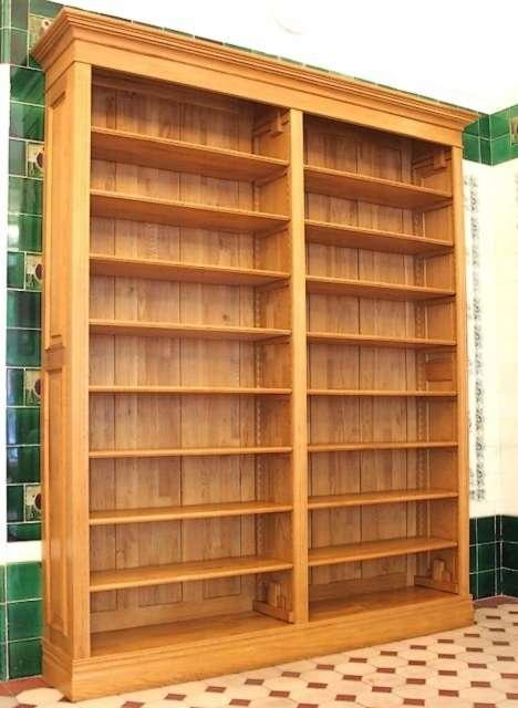 regal eiche massiv holz regal eiche klassischer stil. Black Bedroom Furniture Sets. Home Design Ideas