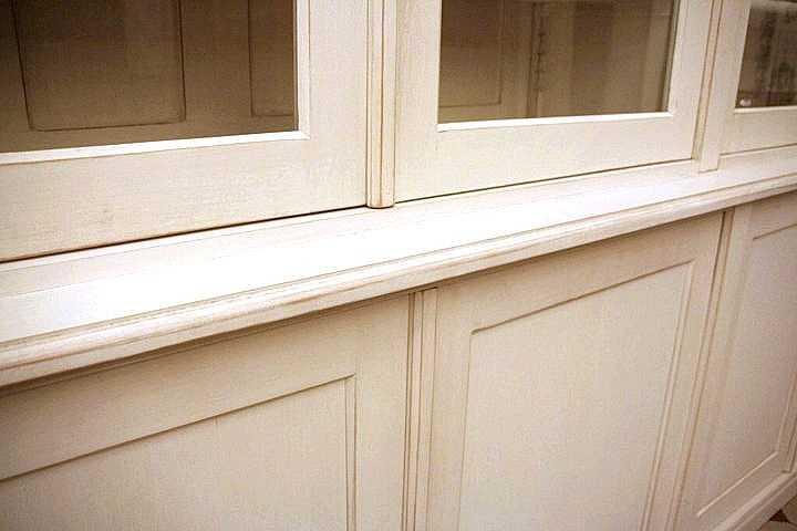 b cherschrank shabby chic in wei aus massivholz b cherregal massiv shabby chic dreier 17. Black Bedroom Furniture Sets. Home Design Ideas