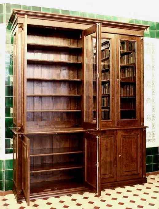 b cherschrank aus massivholz mit glast ren b cherschrank mit glast ren doppler8 massivholz. Black Bedroom Furniture Sets. Home Design Ideas